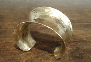 brass cuff med